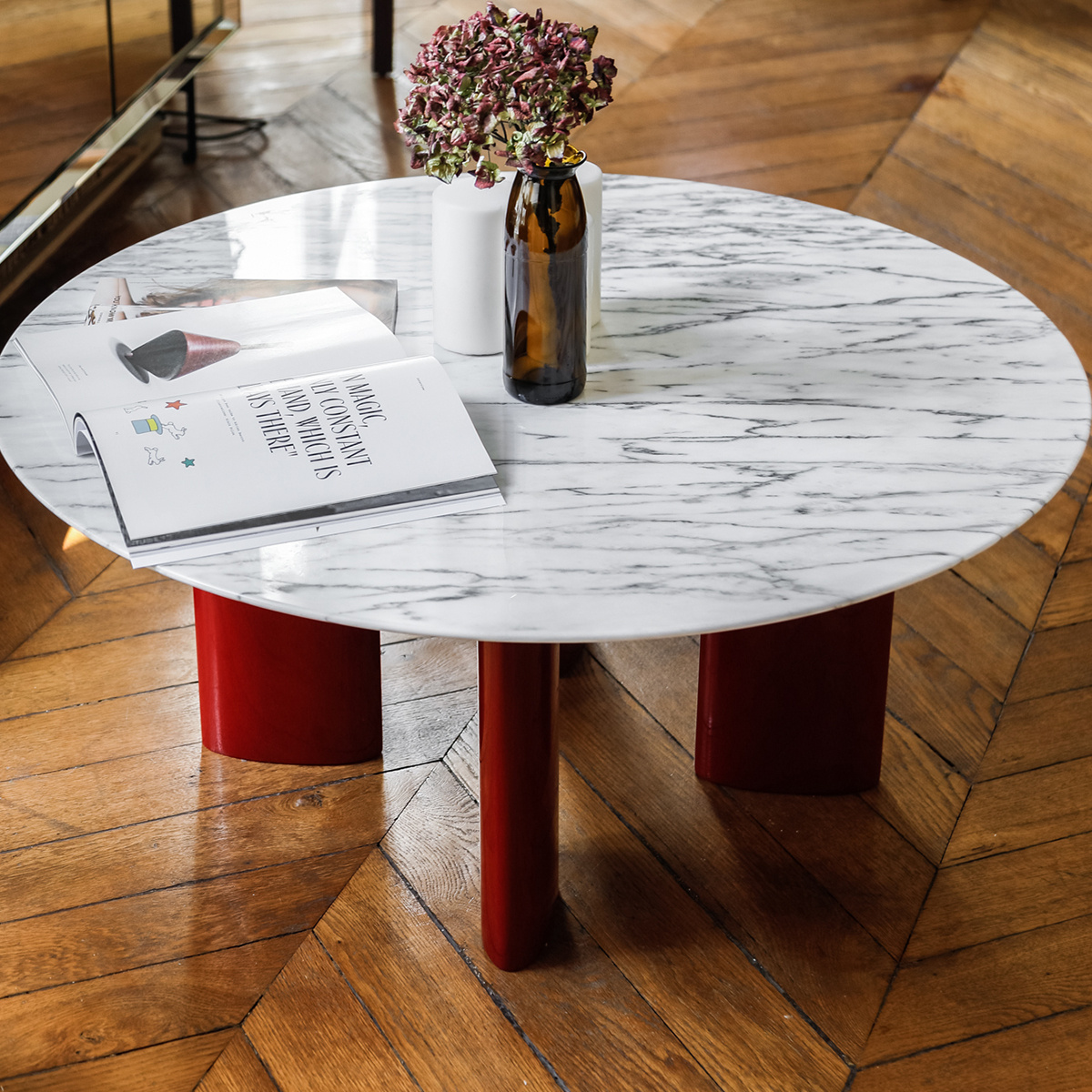Carlotta Round Coffee Table Circular White Marble Top And Red Lacquered Beechwood Legs