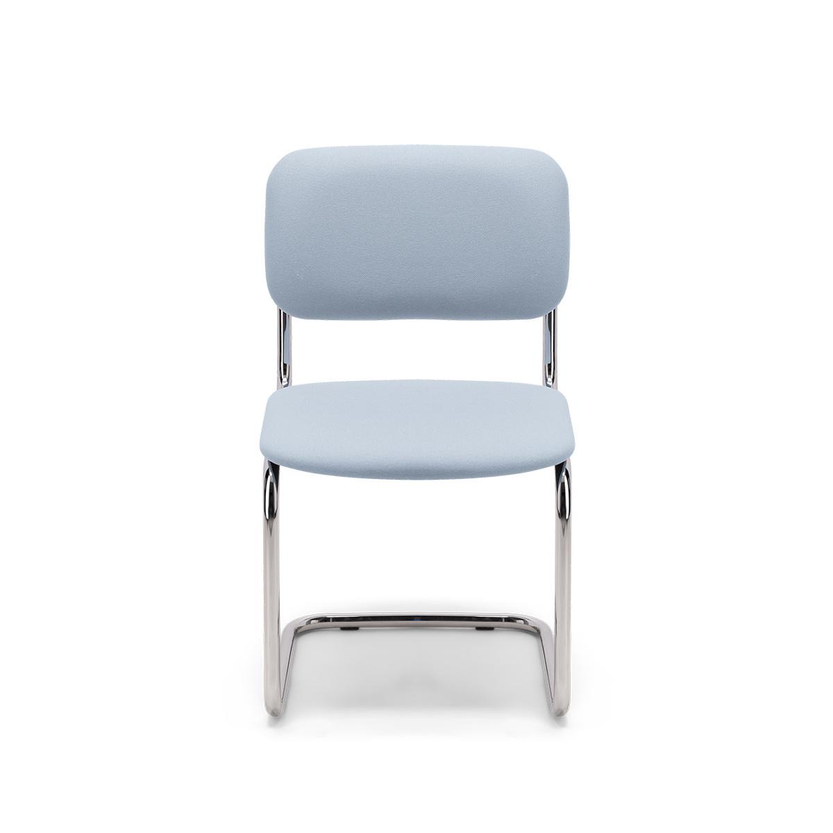 Chaise Classica feutre bleu pastel
