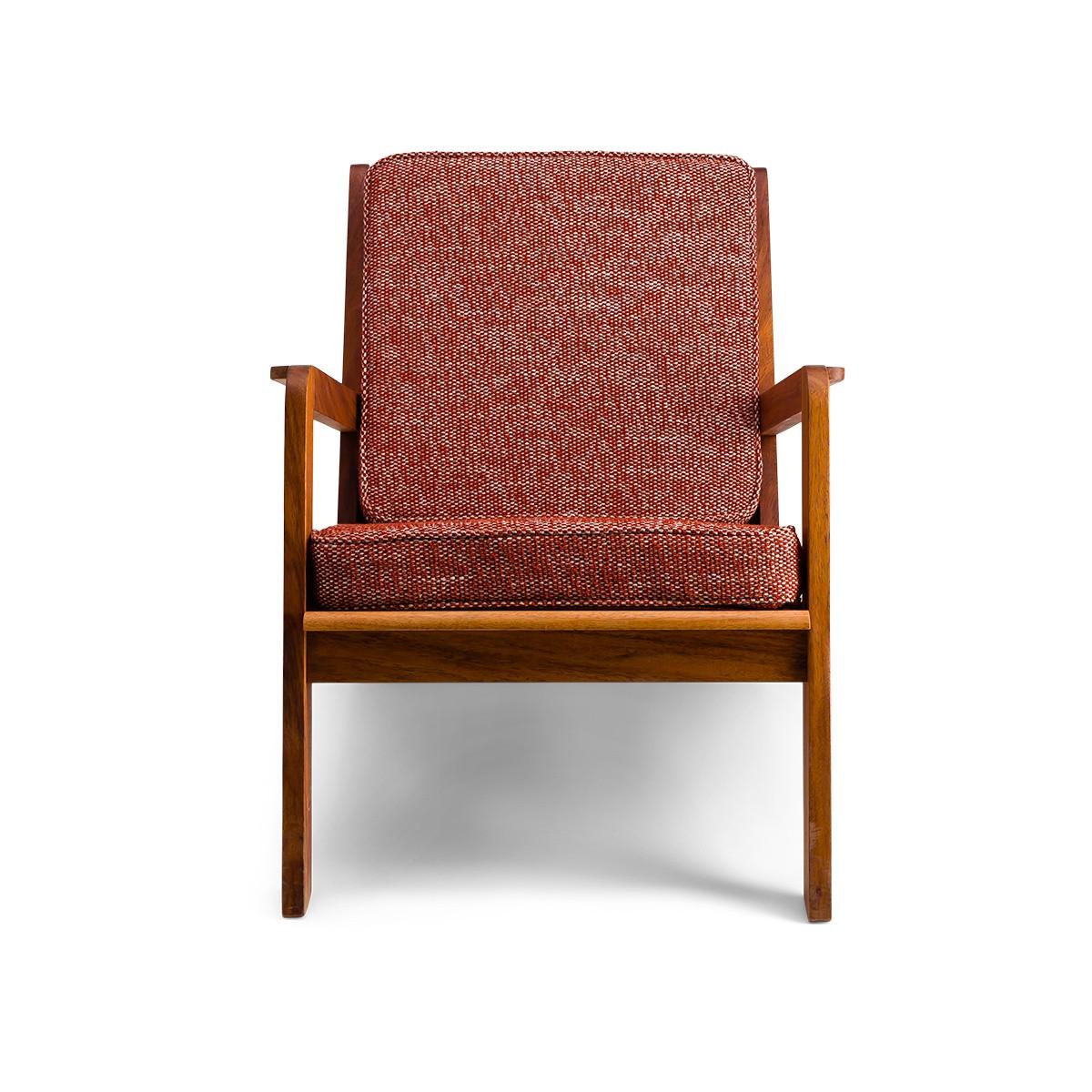 Chauffeuse Gloria bois brun tissu texturé rouge et blanc